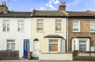 2 Bedrooms Terraced House for sale in Gloucester Road, Croydon