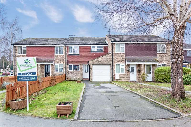 3 Bedrooms Terraced House for sale in Timbermill, Southwater