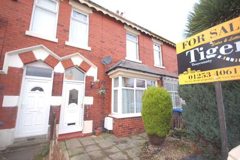 4 Bedrooms Terraced House for sale in Dunelt Road, Blackpool