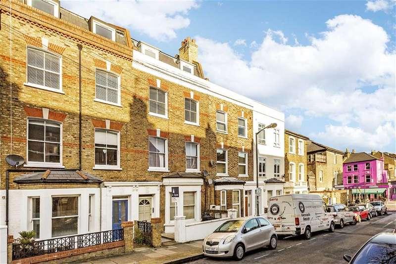 2 Bedrooms Flat for sale in Shelgate Road, London, SW11