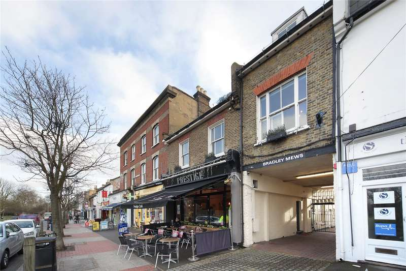 3 Bedrooms Mews House for sale in Bradley Mews, Bellevue Road, Wandsworth Common, London, SW17