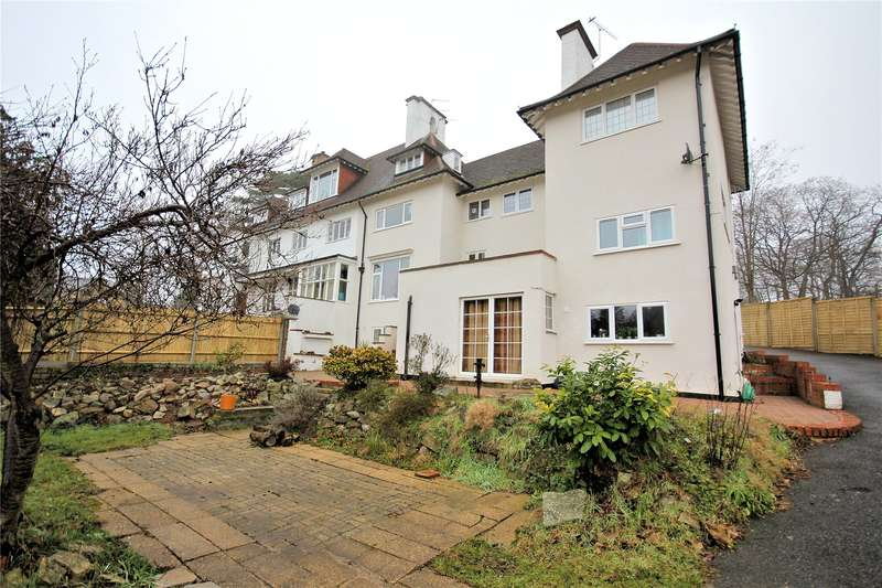 2 Bedrooms Apartment Flat for sale in East House, The Ridge, Woking, Surrey, GU22