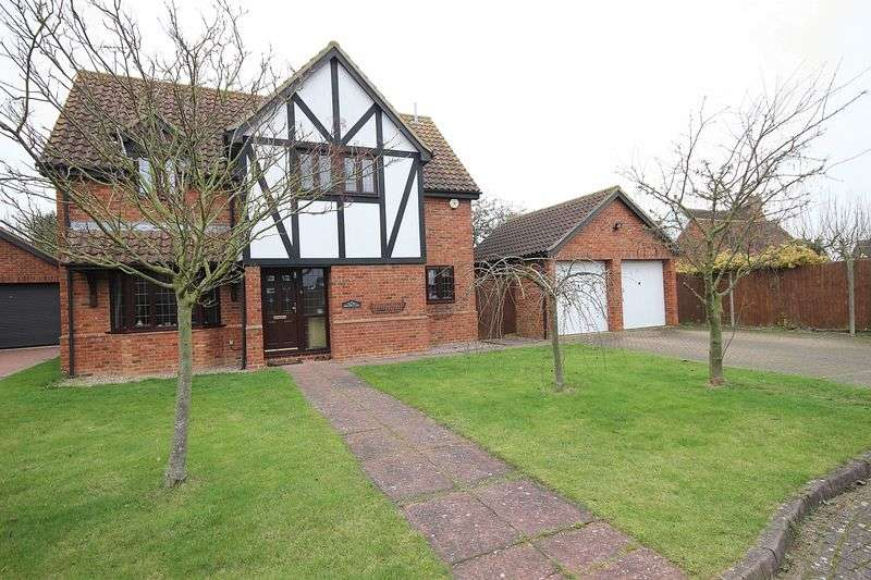 4 Bedrooms Detached House for sale in Chequers Close, Marston Moretaine