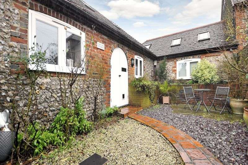 1 Bedroom Detached House for sale in Clapham Common, Worthing