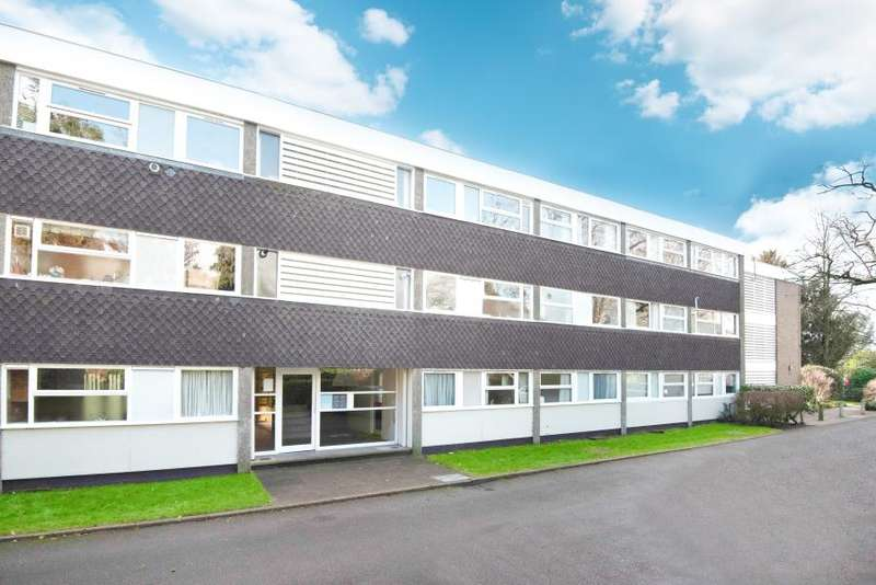 2 Bedrooms Apartment Flat for sale in Thurnby Court, Wellesley Road, Stawberry Hill, TW2