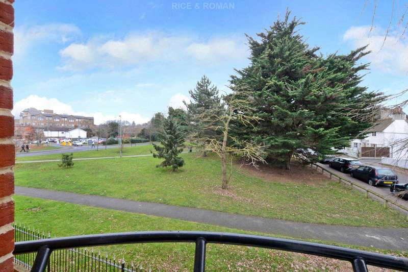 1 Bedroom Retirement Property for sale in Greenwood Court, Epsom