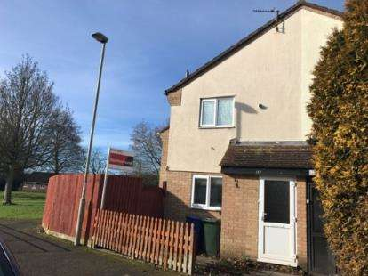 1 Bedroom End Of Terrace House for sale in Sussex Drive, Banbury, Oxfordshire, Oxon