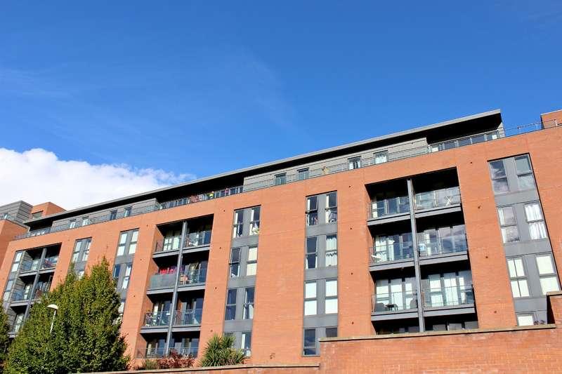2 Bedrooms Apartment Flat for sale in Quebec Building, Bury Street, Salford, M3 7DU