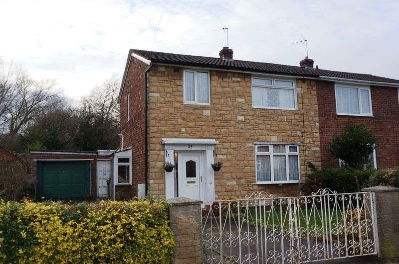 3 Bedrooms Semi Detached House for sale in Chaloners Road, York
