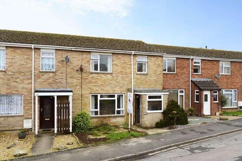 3 Bedrooms Terraced House for sale in Celtic Crescent, Dorchester, DT1