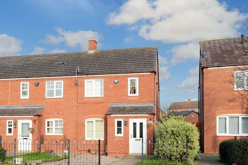 3 Bedrooms Terraced House for sale in Hollies Road, Wellington, Telford, Shropshire.