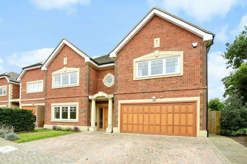 5 Bedrooms Detached House for sale in The Canberra, Valency Drive, Northwood