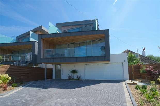 4 Bedrooms Detached House for sale in 1 Salterns Way, Lilliput, Poole