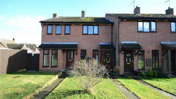 2 Bedrooms Terraced House for sale in Portway, Riseley, Reading