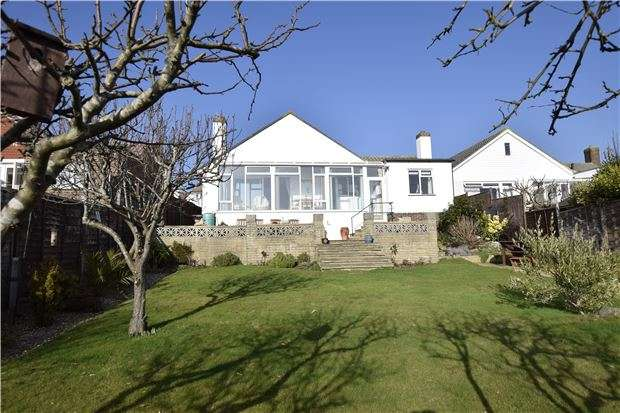 3 Bedrooms Detached Bungalow for sale in Rookhurst Road, BEXHILL-ON-SEA, East Sussex, TN40 2NZ