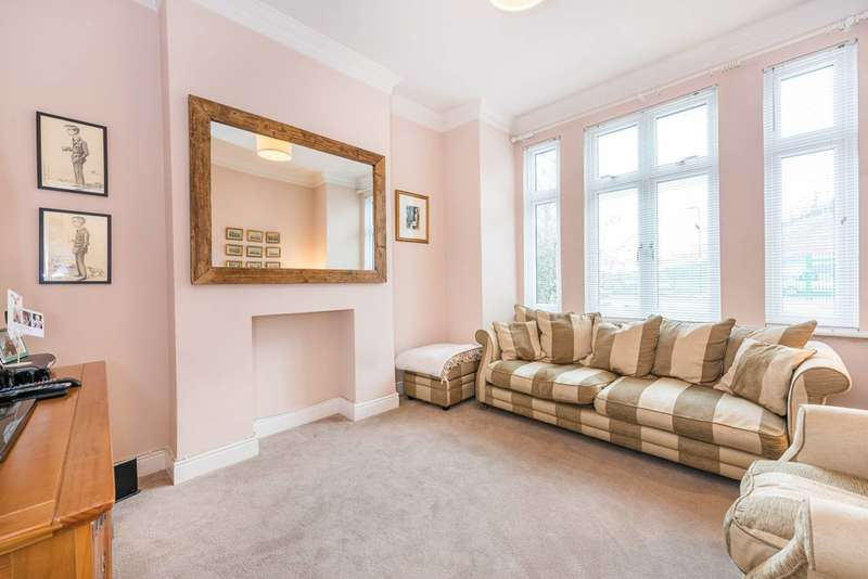 2 Bedrooms Flat for sale in Acton Lane, Acton Green, W4