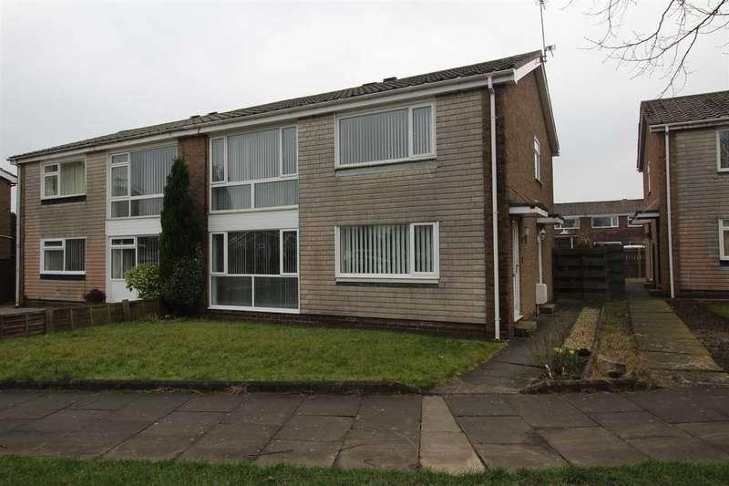 2 Bedrooms Flat for sale in Glenluce Drive, Southfield Green, Cramlington