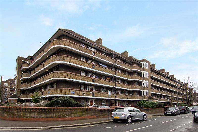 3 Bedrooms Flat for sale in Phipps House, White City Estate, London, W12