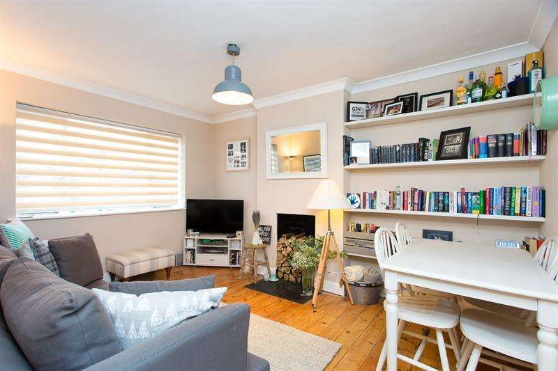 2 Bedrooms Flat for sale in Dukes House, Paxton Road, Chiswick, London, W4