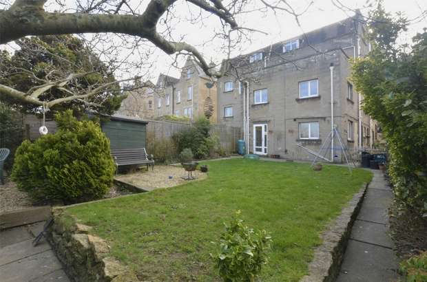 1 Bedroom Flat for sale in Garden Apartment, 110c Lower Oldfield Park, Bath