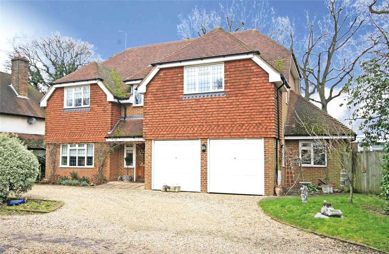 5 Bedrooms Detached House for sale in Wey Manor Road, New Haw, Addlestone, Surrey, KT15