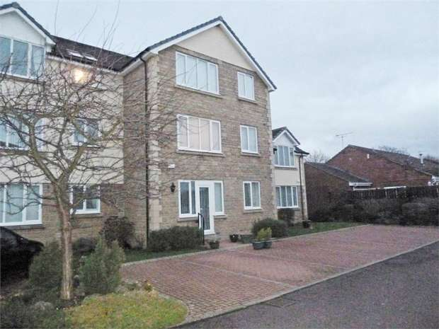 1 Bedroom Flat for sale in Cecil Court, Ponteland, Newcastle upon Tyne, Northumberland