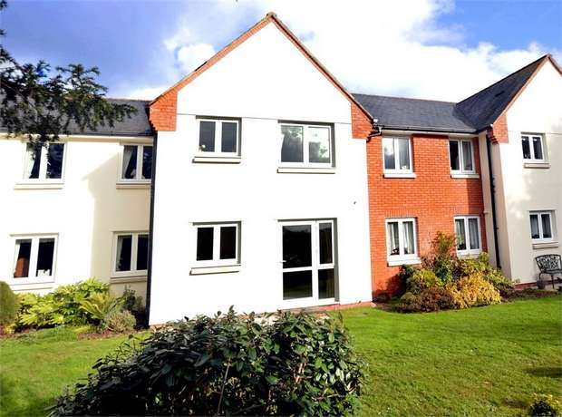 2 Bedrooms Flat for sale in Mowbray Court, Heavitree, EXETER, Devon