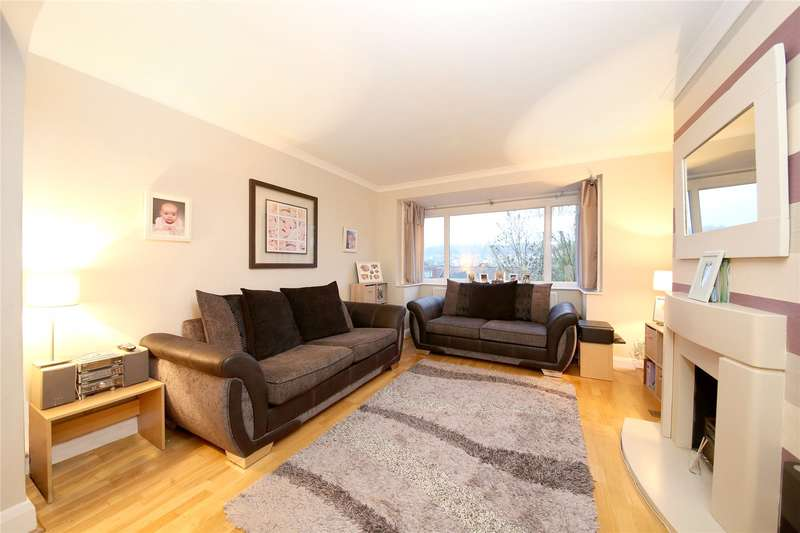 3 Bedrooms Terraced House for sale in Chipstead Close, Coulsdon