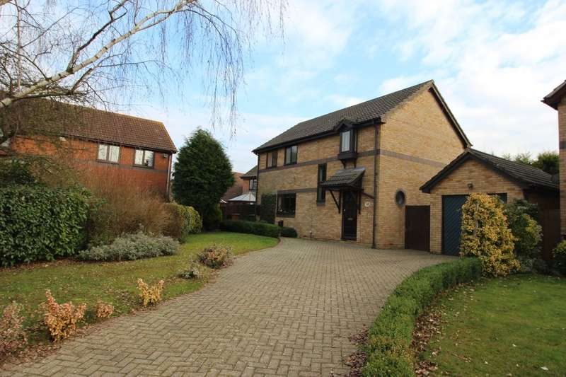 4 Bedrooms Detached House for sale in Kiln Way, Paddock Wood, Tonbridge, TN12