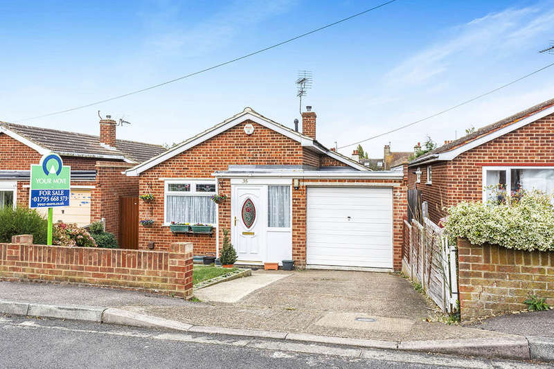 2 Bedrooms Detached Bungalow for sale in Cheyne Road, Eastchurch, Sheerness, ME12