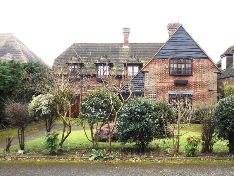 4 Bedrooms Detached House for sale in Forest View, London, E4