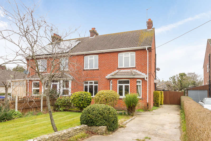 3 Bedrooms Semi Detached House for sale in Northfield Road, Ringwood, Hampshire