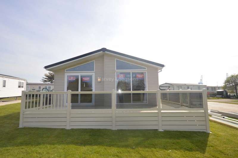 2 Bedrooms Lodge Character Property for sale in Suffolk Sands Holiday Park, Carr Road, Felixstowe