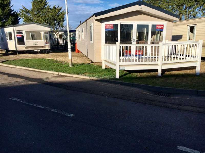 3 Bedrooms Lodge Character Property for sale in Seawick Holiday Park, Beach Road, St Osyth, Nr Clacton-On-Sea