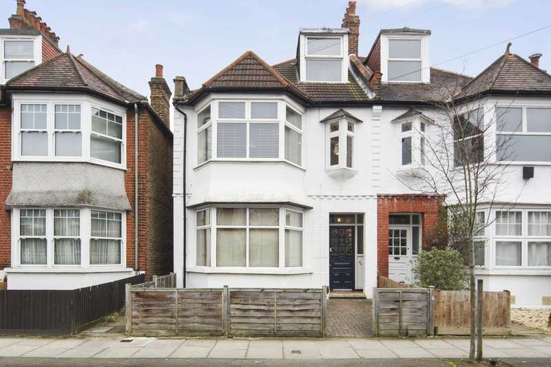 3 Bedrooms Flat for sale in Claremont Avenue, New Malden