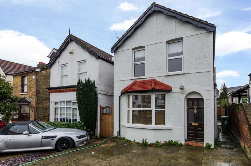 3 Bedrooms Detached House for sale in Birkbeck Road, Sidcup, DA14 4DE