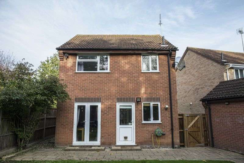 3 Bedrooms Detached House for sale in Heldhaw Road, Bury St Edmunds