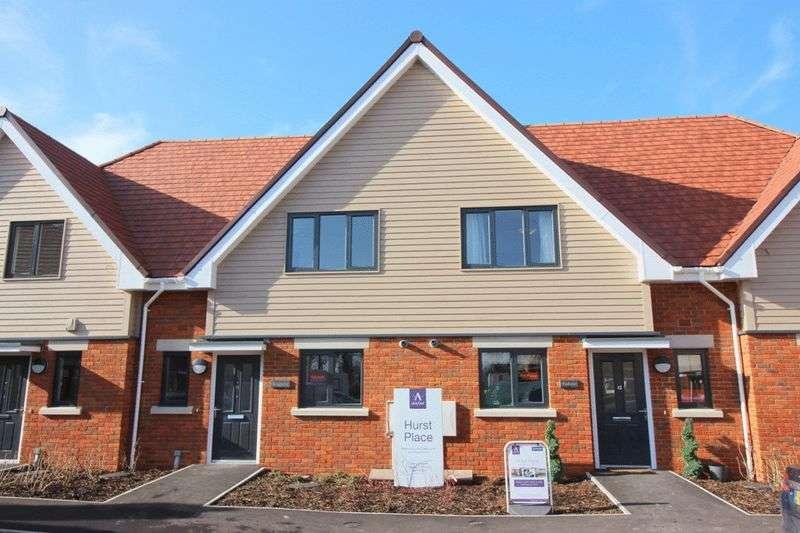 2 Bedrooms Retirement Property for sale in Hurst Place Kleinwort Close RH16 4XG