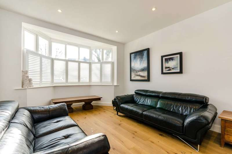 4 Bedrooms House for sale in The Manor Drive, Worcester Park, KT4