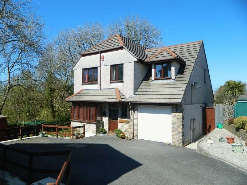 4 Bedrooms Detached House for sale in Parc-An-Bans, Camborne.