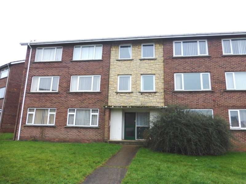 2 Bedrooms Flat for sale in Cranleigh Rise, Rumney, Cardiff