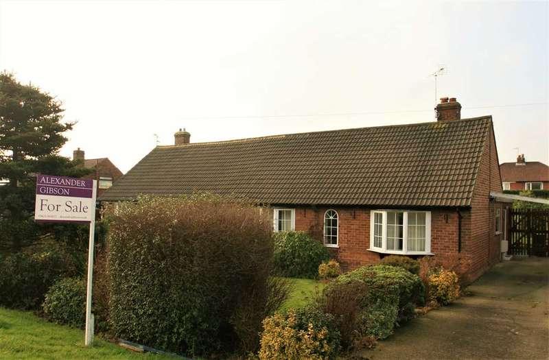 3 Bedrooms Bungalow for sale in Forest Lane, Harrogate