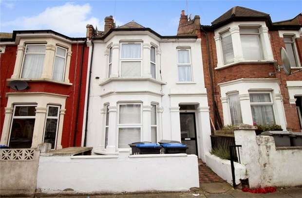 2 Bedrooms Maisonette Flat for sale in Beaconsfield Road, Willesden, London