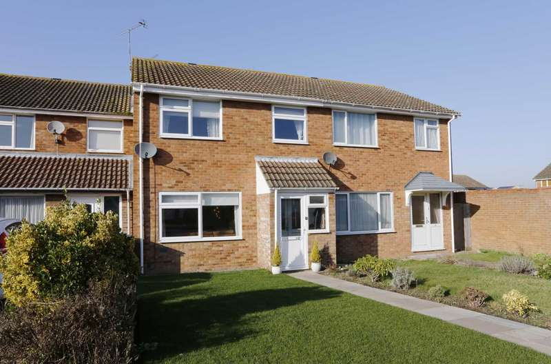 3 Bedrooms Terraced House for sale in Lowmon Way, Hawkslade