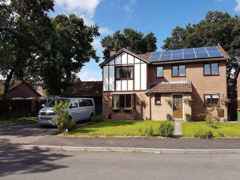 4 Bedrooms Detached House for sale in Chandlers Reach, Llantwit Farde, CF382NJ