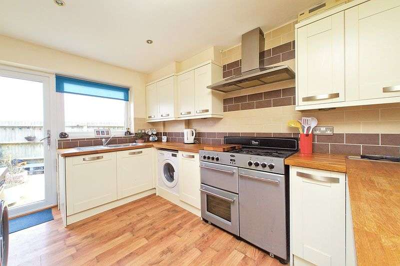 3 Bedrooms Semi Detached House for sale in Woodend, Bognor Regis, PO21