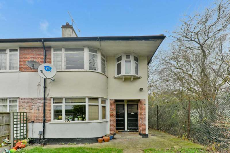 3 Bedrooms Maisonette Flat for sale in Chingford, London E4