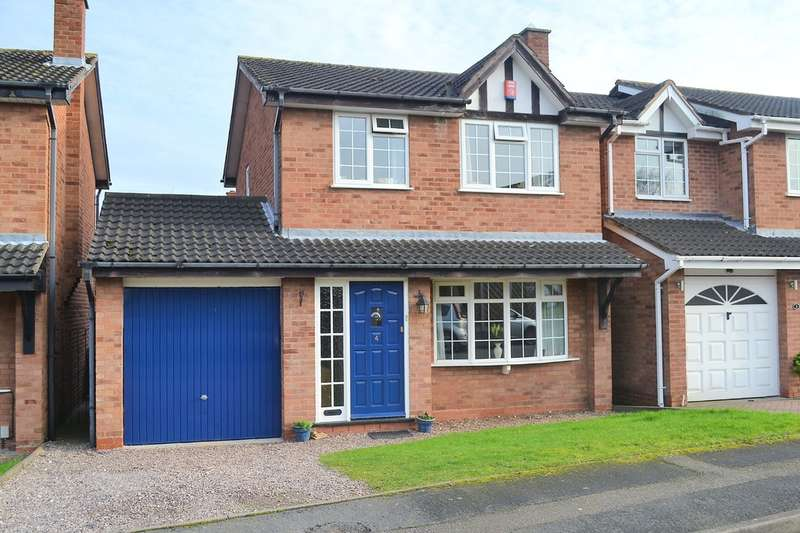 3 Bedrooms Detached House for sale in Maple Grove, Lichfield