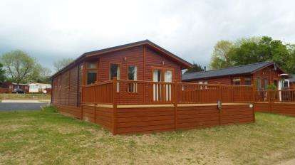 2 Bedrooms Mobile Home for sale in Haveringland Hall Park, Haveringland