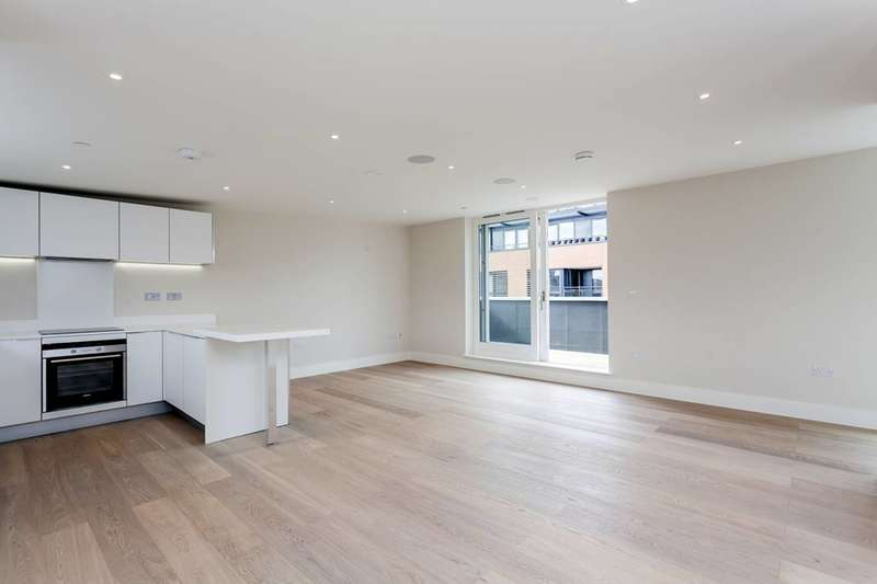 2 Bedrooms Flat for sale in Sudrey Street, London Bridge, SE1